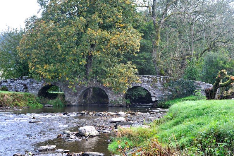 El puente romano viejo 67832723 imagen de archivo