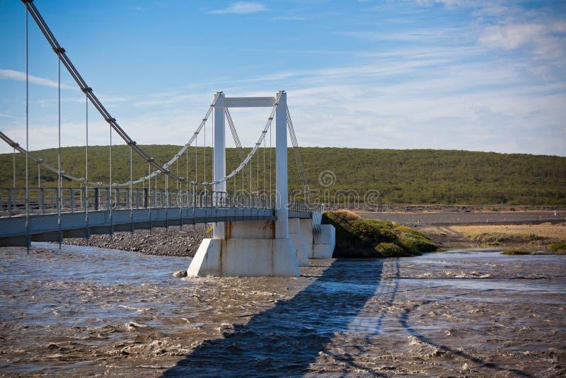 El puente sobre el río islandés Jokulsa un Fjollum imagen de archivo libre de regalías