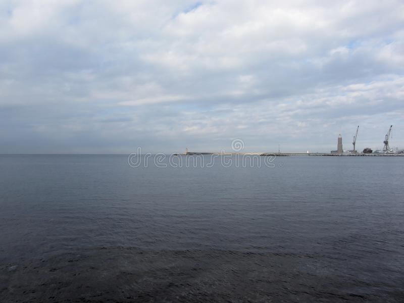 El puerto de Livorno es uno de los puertos italianos más grandes y en el mar Mediterráneo Toscana, Italia fotos de archivo