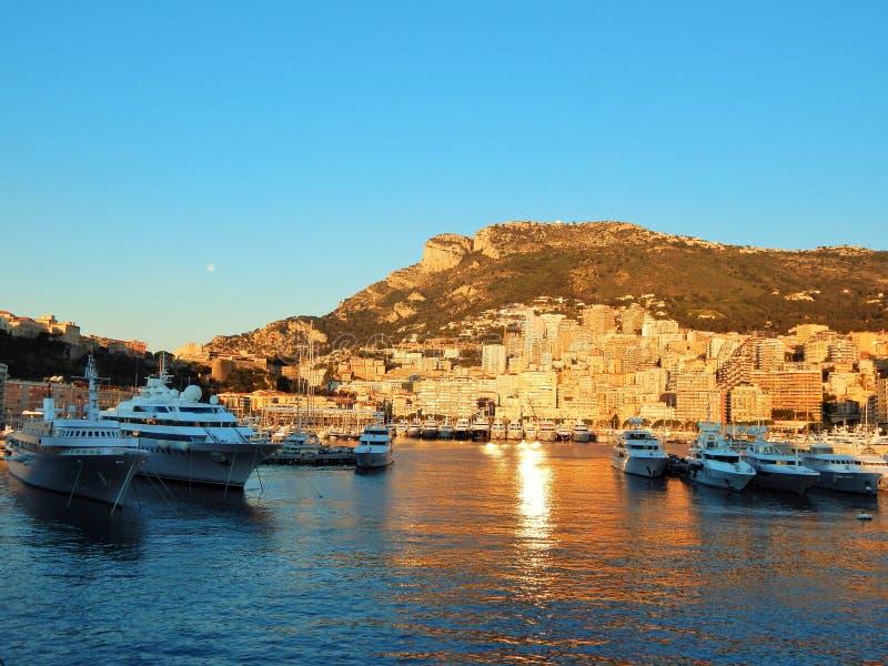 El puerto de Monte Carlo, Mónaco foto de archivo