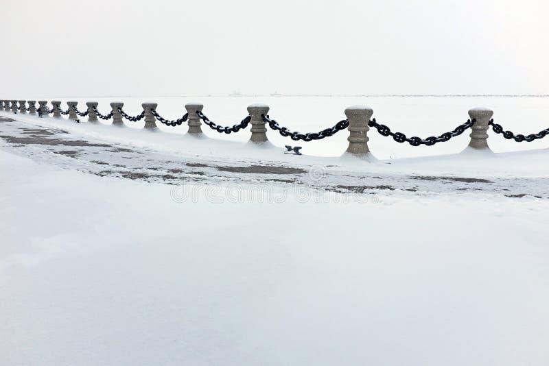 El puerto nevado de Northcoast en el lago Erie en Cleveland, Ohio, los E.E.U.U. imagen de archivo