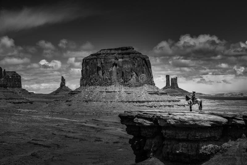 El punto de John Ford de la equitación - valle del monumento fotos de archivo libres de regalías