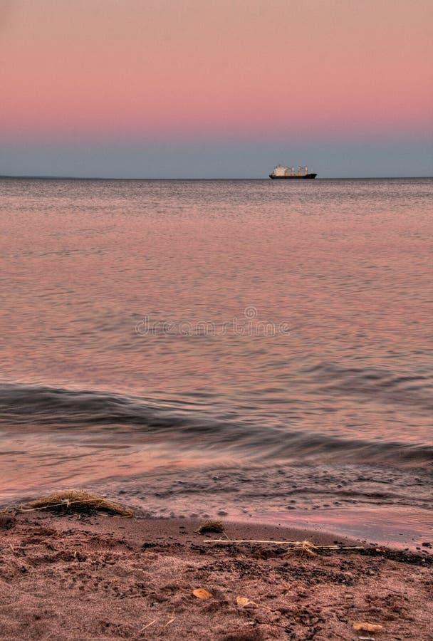 El punto del parque es una playa blanca larga de la arena de siete millas en Duluth, Minnesota en el lago Superior foto de archivo libre de regalías