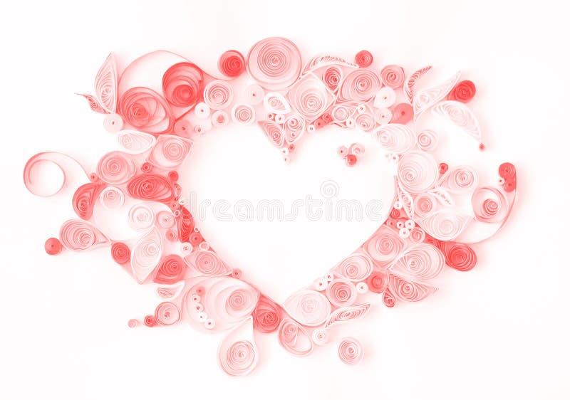 El quilling de papel, corazón decorativo con el espacio de la copia; CCB de las tarjetas del día de San Valentín imagen de archivo libre de regalías