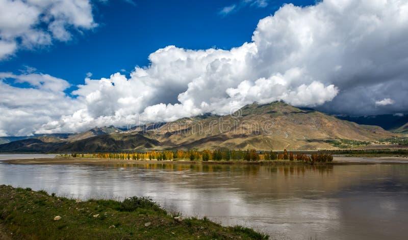 El río Brahmaputra fotografía de archivo