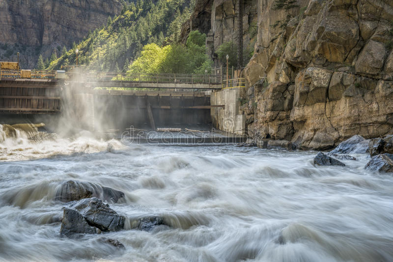 El río Colorado en la central eléctrica del Shoshone imágenes de archivo libres de regalías