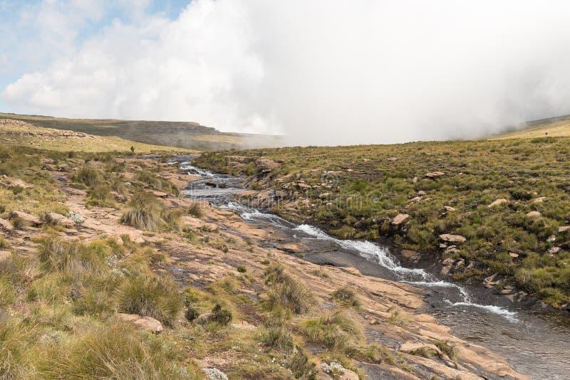 El río de Tugela, sobre Tugela cae, la cascada en segundo lugar más alta en el ea fotos de archivo libres de regalías
