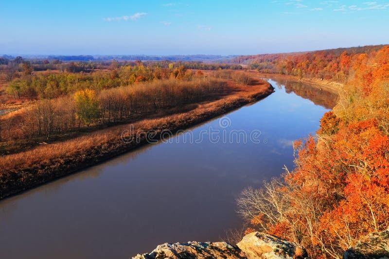 El río Osage en otoño imágenes de archivo libres de regalías