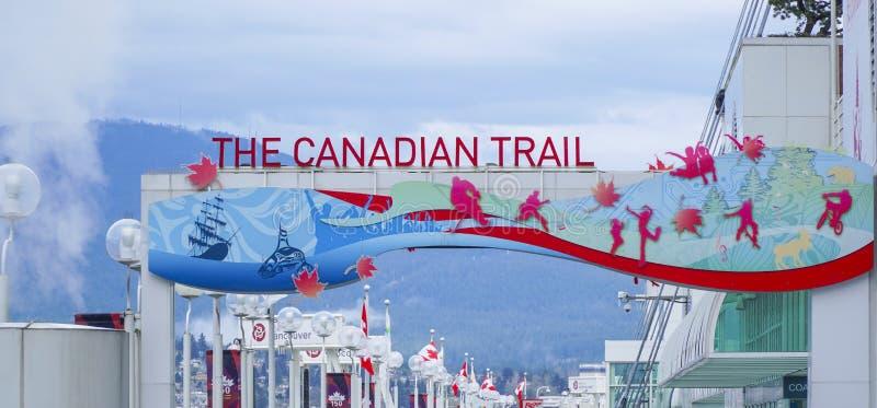 El rastro canadiense en el lugar de Canadá en Vancouver - VANCOUVER - CANADÁ - 12 de abril de 2017 foto de archivo