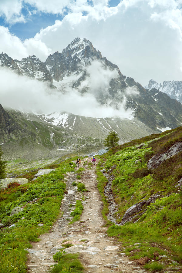 El rastro en montañas imágenes de archivo libres de regalías