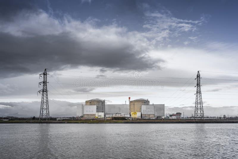 El reactor de agua a presión muy viejo en Fessenheim Francia en t imagen de archivo libre de regalías