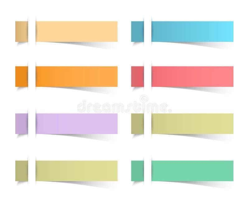 El recordatorio pegajoso observa la oficina realista de las hojas del papel coloreado libre illustration