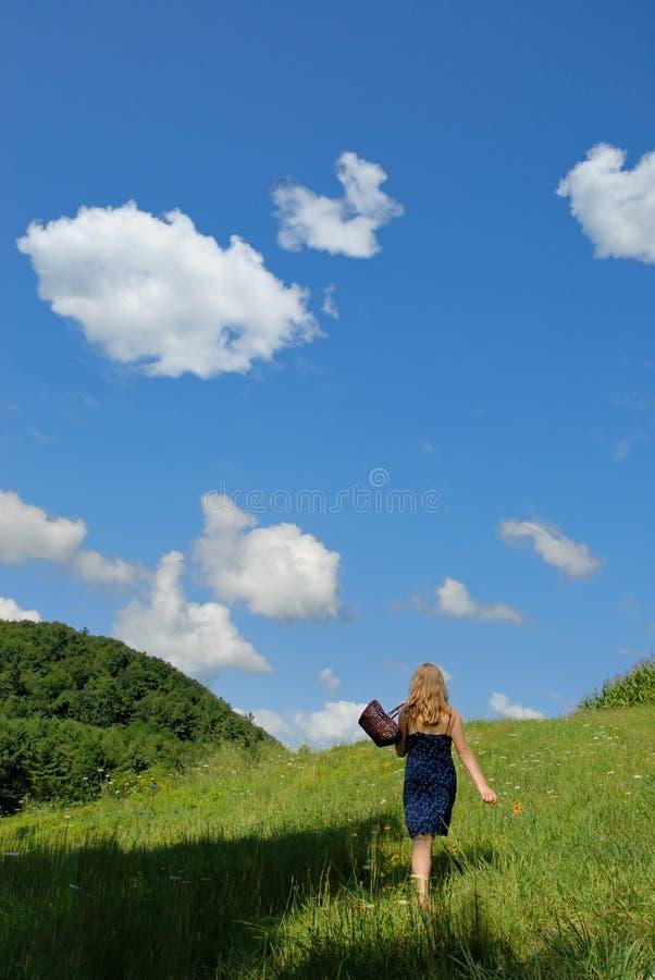 Download El Recorrer Con La Naturaleza Foto de archivo - Imagen de serenidad, individual: 1278172