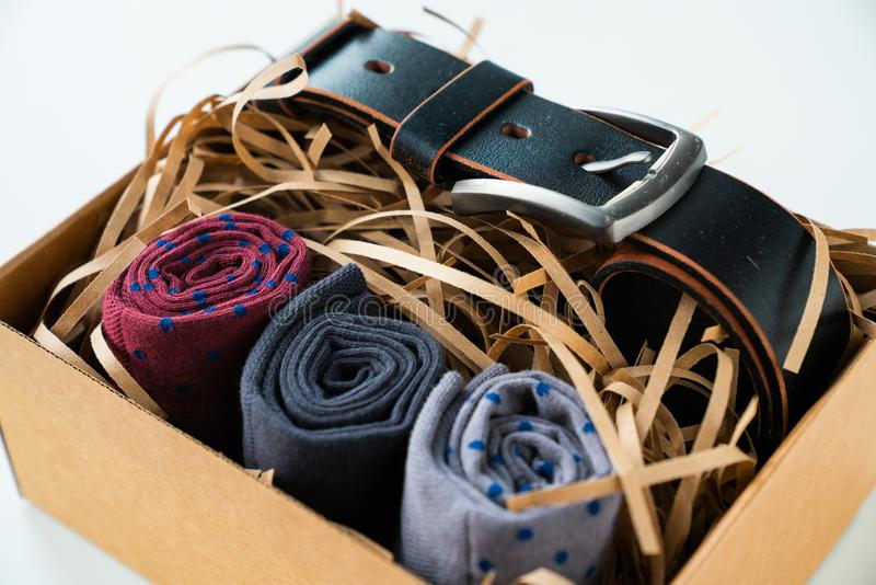 El regalo de los hombres, un regalo para un hombre, un sistema del regalo, el día de fiesta de los hombres fotografía de archivo