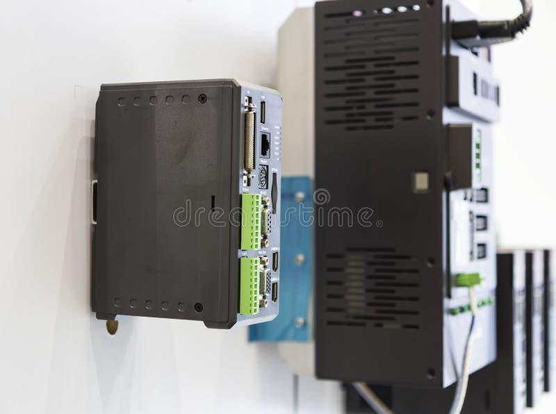 el regulador del PLC para la máquina industrial fotos de archivo