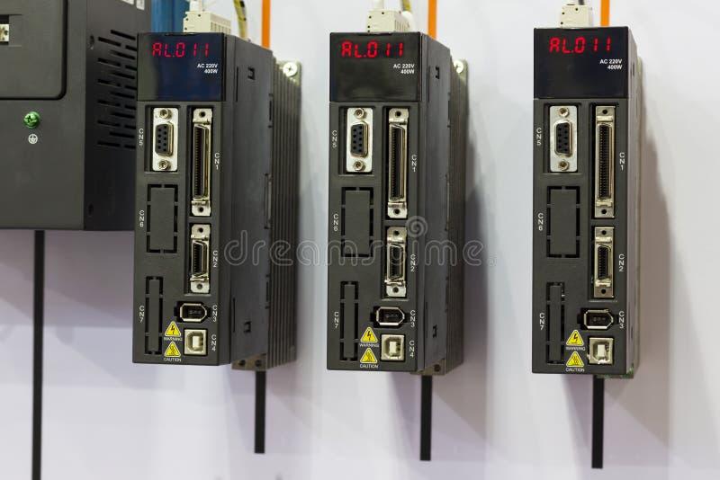 el regulador del PLC para la máquina industrial fotografía de archivo