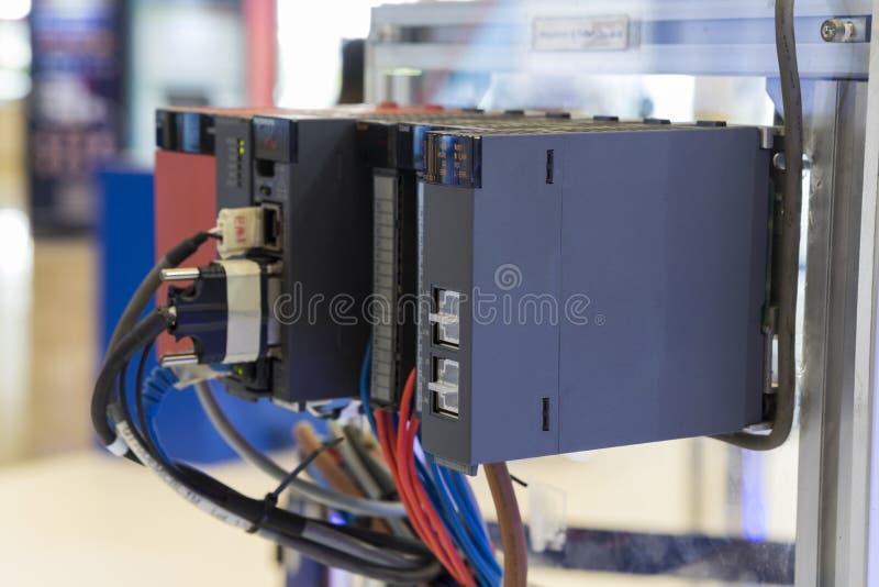el regulador del PLC para la máquina industrial fotos de archivo libres de regalías