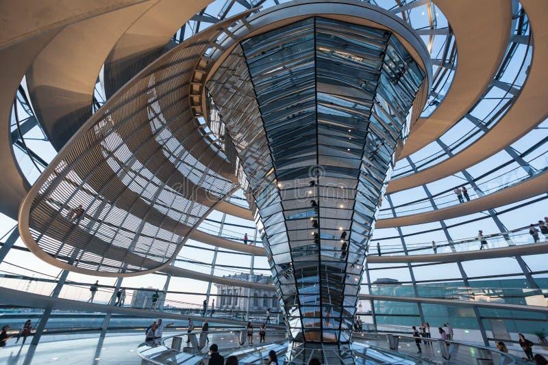 El Reichstag que construye a Berlin Germany fotos de archivo