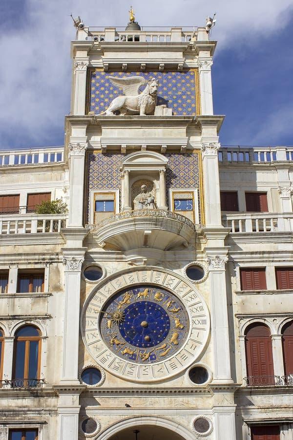 El reloj del zodiaco, santo marca el cuadrado, Venecia, Italia fotos de archivo