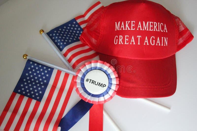El republicano del sombrero de campaña de Donald Trump hace América grande otra vez imagen de archivo libre de regalías