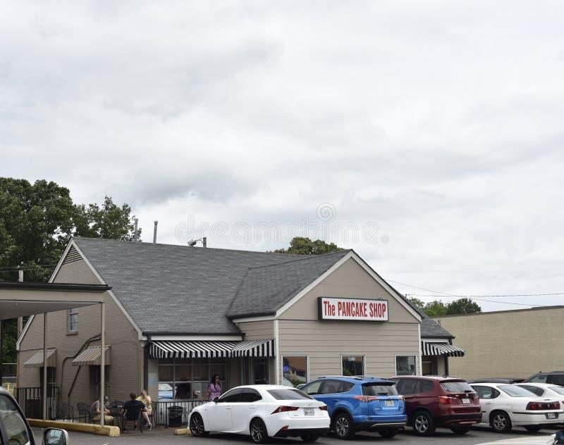 El restaurante del desayuno de la tienda de la crepe, Memphis TN imagenes de archivo