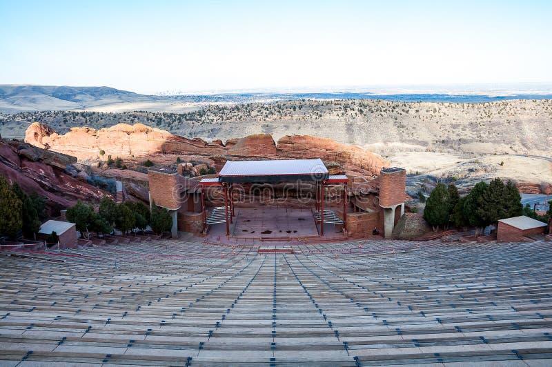 El rojo histórico oscila el anfiteatro cerca de Denver, Colorado foto de archivo libre de regalías