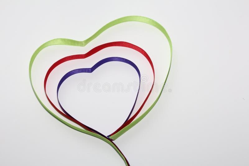 El símbolo de todos los amantes es el corazón foto de archivo