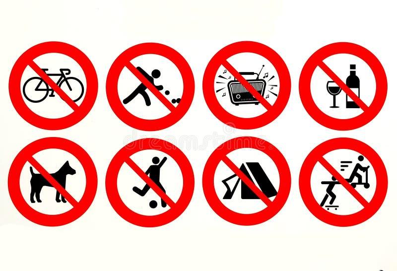 El ` s prohibió el ciclo, jugando los cuencos, música ruidosa, los materiales de cristal, fútbol, jugar, acampar, el patinaje y n stock de ilustración