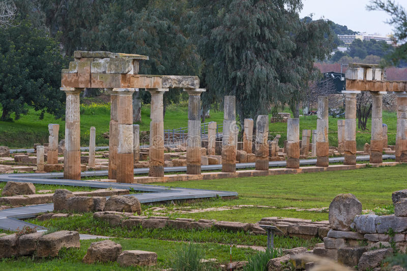 El santuario de Artemis en Brauron imagenes de archivo