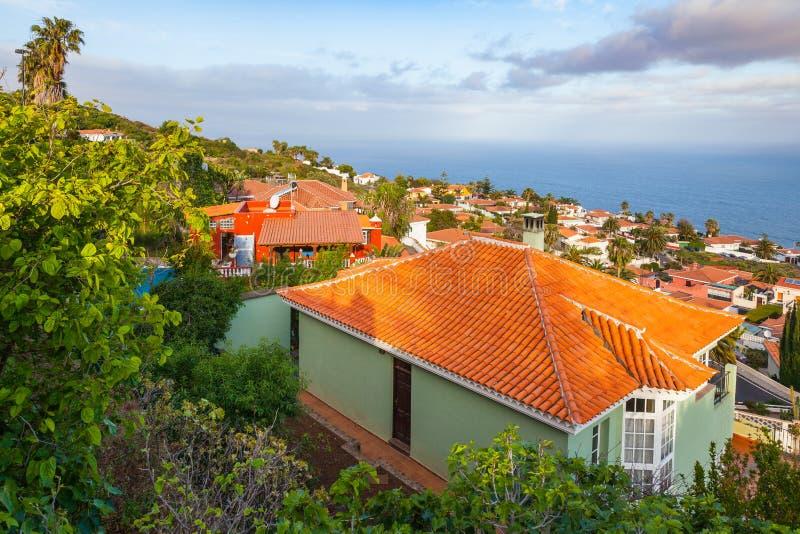 El Sauzal Los Narajos Tenerife z słońca widok na ocean zdjęcia stock