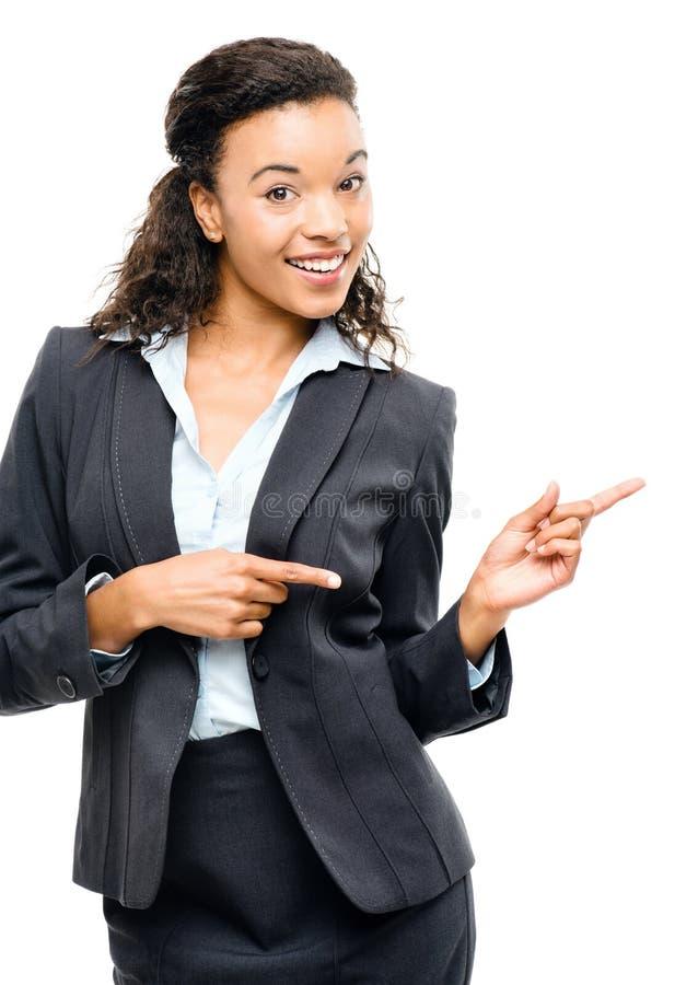 El señalar afroamericano atractivo de la empresaria aislado en w imagenes de archivo