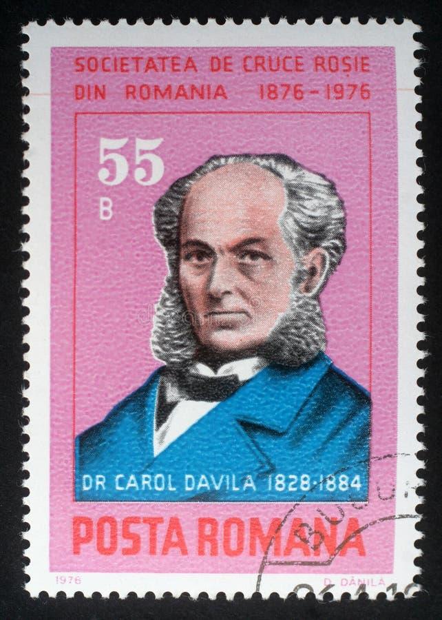 El sello impreso en Rumania muestra al Dr. Carol Davila fotos de archivo