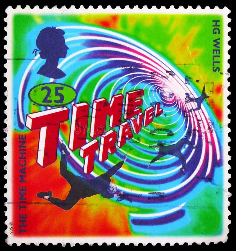 El sello postal impreso en el Reino Unido muestra La Máquina del Tiempo, Ciencia Ficción, Novelas de H G Wells serie, alrededor d foto de archivo libre de regalías