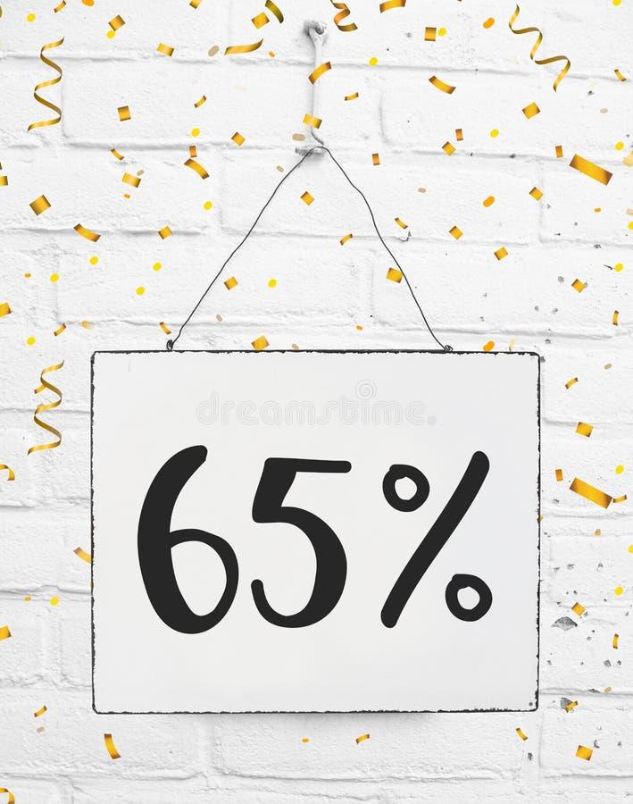 El sesenta y cinco por ciento del 65% del golde negro del descuento de la venta el 65% de viernes fotografía de archivo