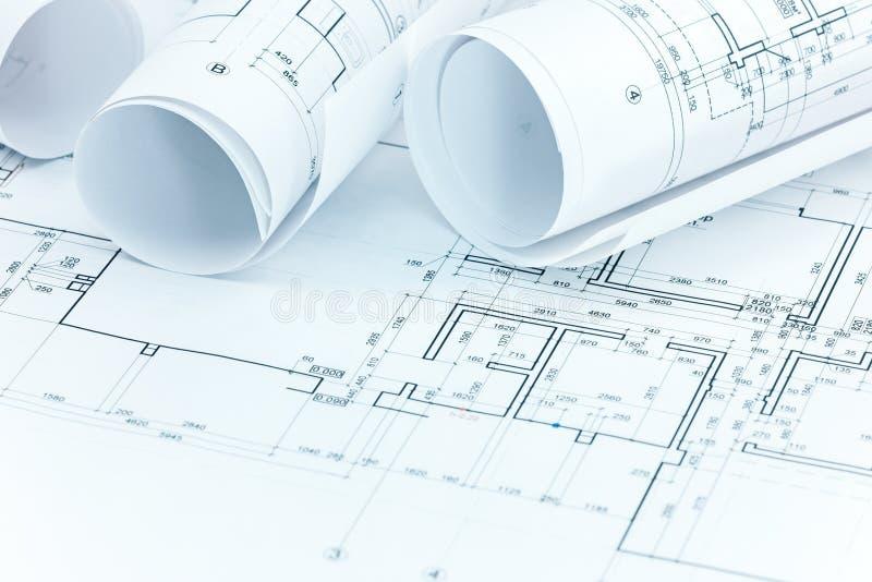 El sistema de los planes y del modelo de la construcción rueda en workp del arquitecto imagen de archivo