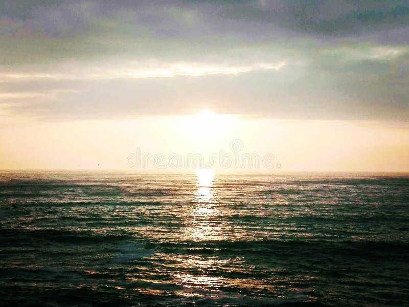 El sol en todo su gran esplendor foto de archivo