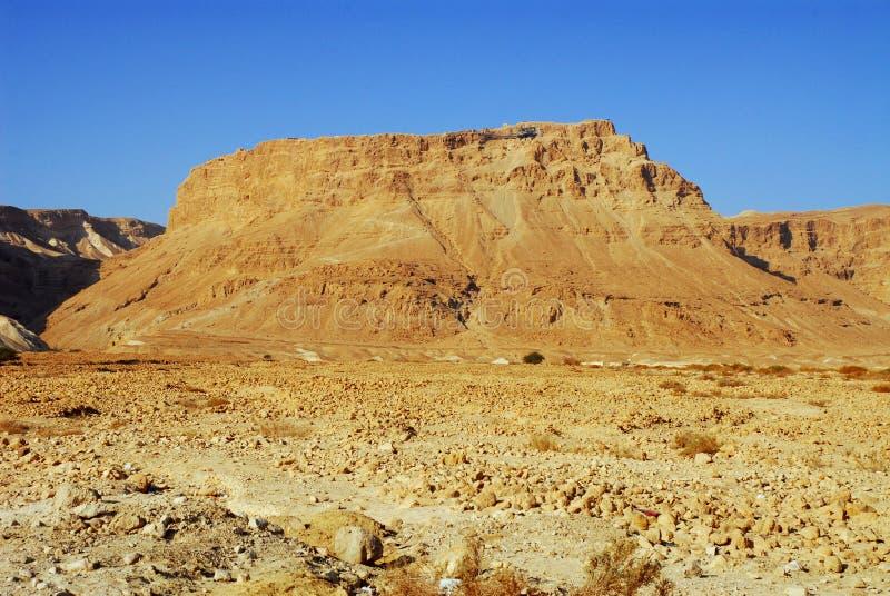 El sol está subiendo en Masada fotografía de archivo