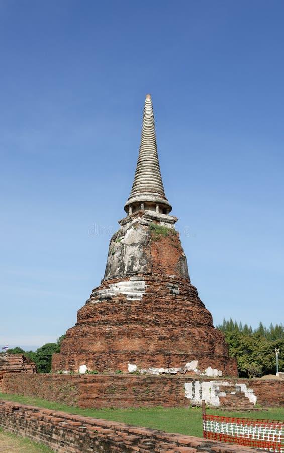 El stupa solitario imagen de archivo