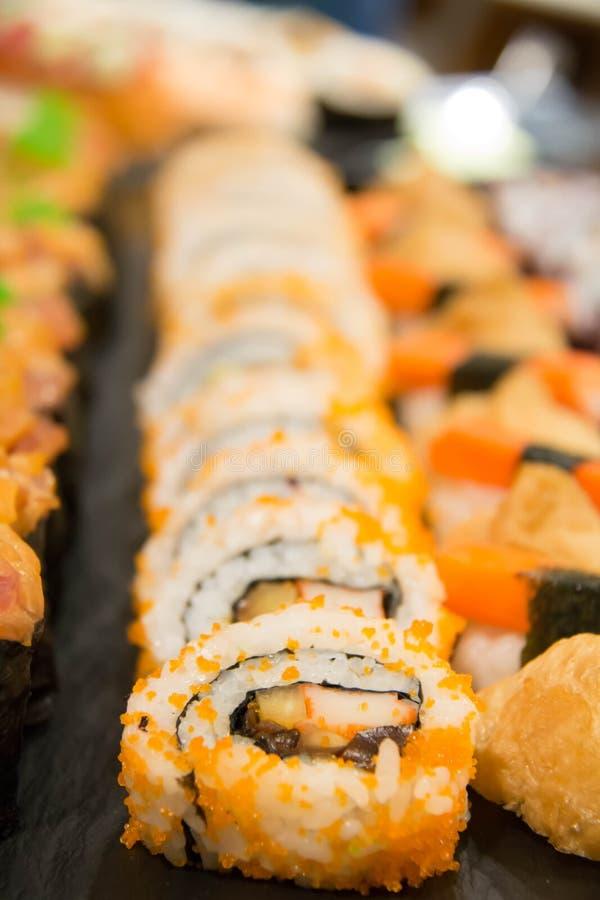 El sushi delicioso del maki rueda la comida japonesa imágenes de archivo libres de regalías