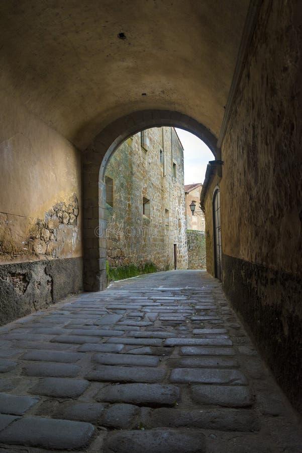 El túnel del palacio del marqués de Mirabel imagen de archivo libre de regalías