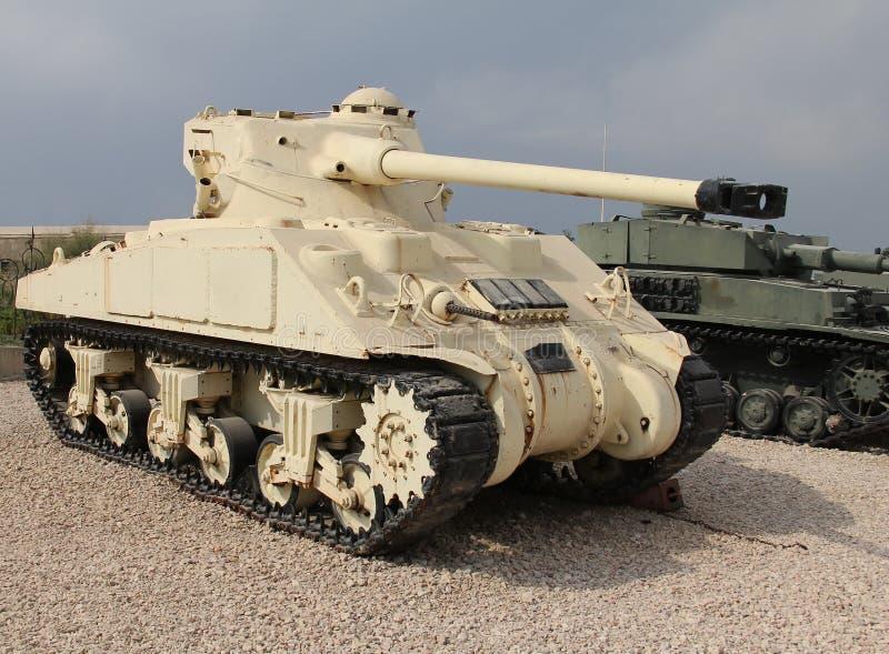 El tanque americano viejo de ?Sherman? imagen de archivo libre de regalías