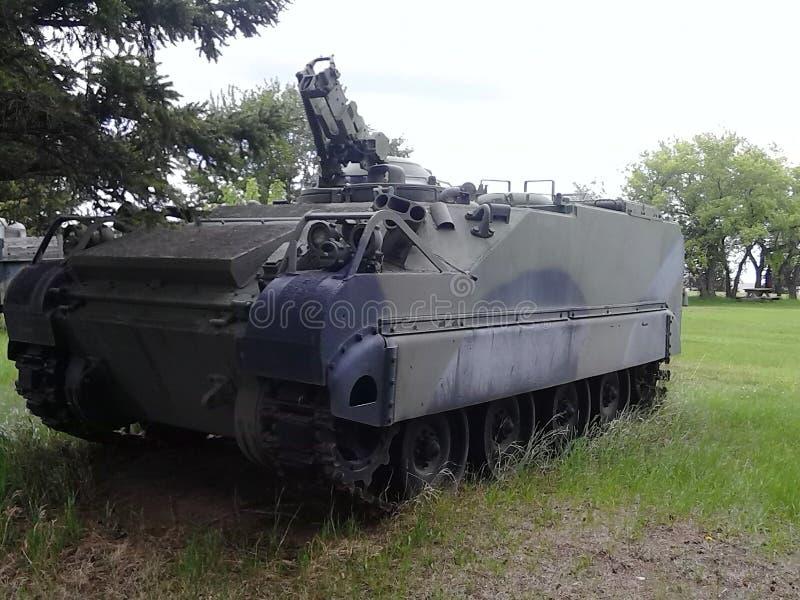 El tanque del vehículo de la ayuda imágenes de archivo libres de regalías
