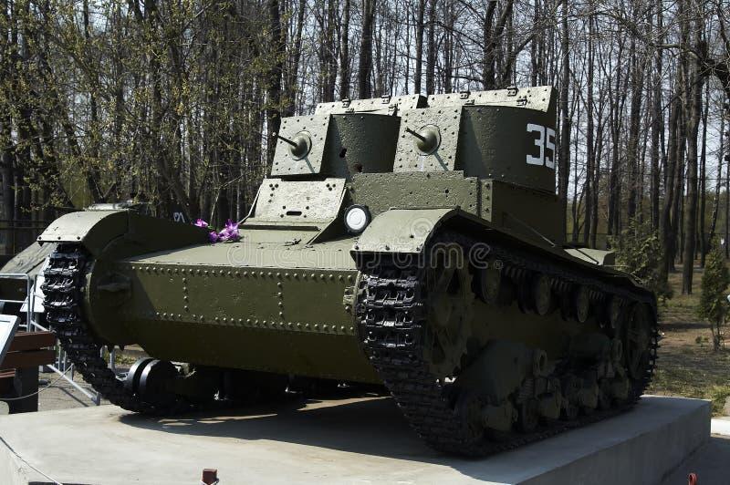 El tanque ligero de la dos-torreta fotos de archivo libres de regalías