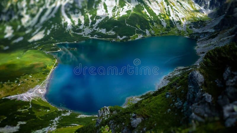El Tarn en las montañas polacas de Tatra imagenes de archivo