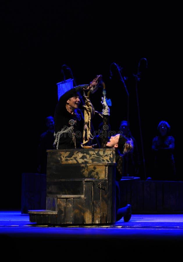 El teatro de la marioneta de Zilina realiza la historia de Peter Pan imágenes de archivo libres de regalías