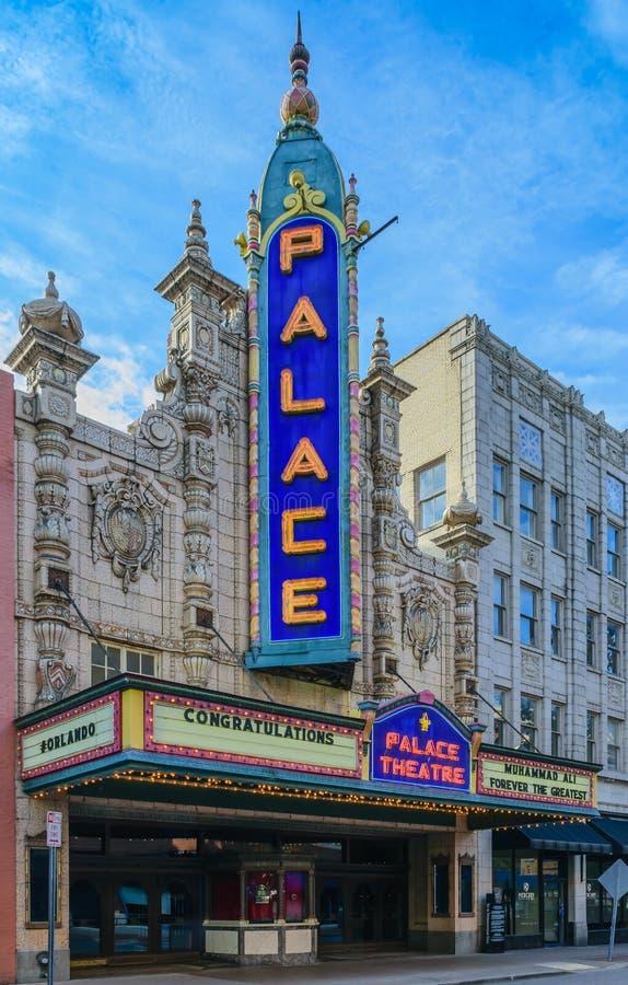 El teatro del palacio de Louisville fotos de archivo