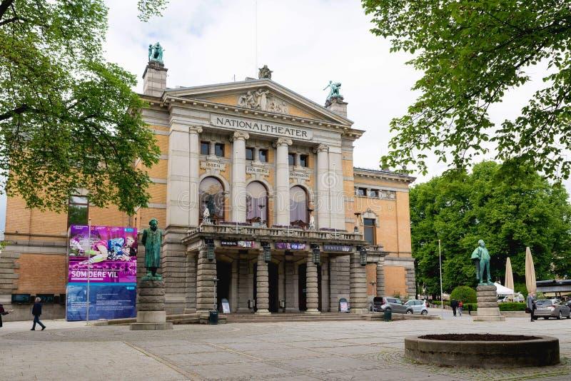 El teatro nacional en Oslo es uno de ` s más grande y la mayoría de Noruega fotografía de archivo