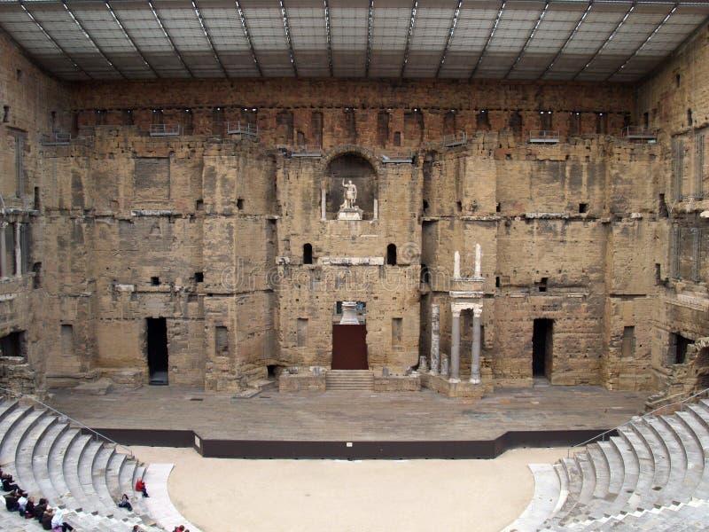 El teatro romano en la naranja (Francia); la escena imágenes de archivo libres de regalías