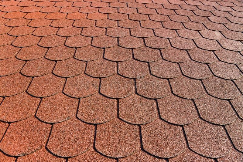 El tejado con la capa bituminosa foto de archivo libre de regalías