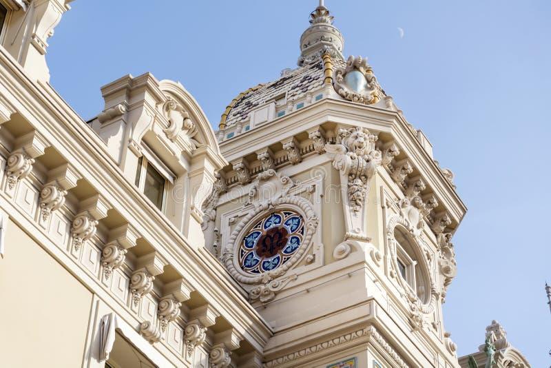 El tejado de Monte Carlo Casino, Mónaco, Francia foto de archivo libre de regalías